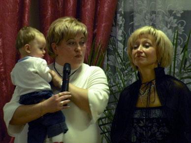 Иван Михайлович и девушки